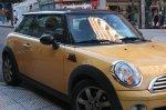 samochód marki Mini Moris